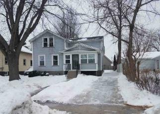 Foreclosed Home in Oshkosh 54901 HAZEL ST - Property ID: 4390322454