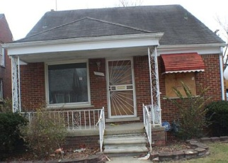 Foreclosed Home in Detroit 48205 YOUNG ST - Property ID: 4390357493