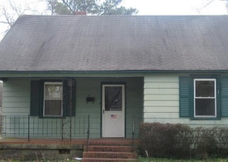 Foreclosed Home in Norfolk 23502 ARTHUR CIR - Property ID: 4390431510
