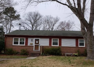 Foreclosed Home in Hampton 23664 EASTLAWN DR - Property ID: 4390455606