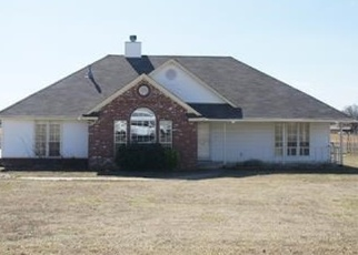Foreclosed Home in Skiatook 74070 W COUNTRY RD - Property ID: 4390462155