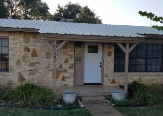 Foreclosed Home in Blanco 78606 LAZY CREEK LN - Property ID: 4390467874