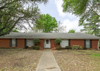 Foreclosed Home in Commerce 75428 RIX ST - Property ID: 4390496774