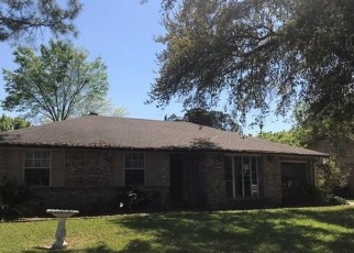 Foreclosed Home in Houston 77072 STROUD DR - Property ID: 4390547577