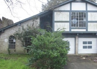 Foreclosed Home in Missouri City 77459 MUSTANG SPRINGS DR - Property ID: 4390550191