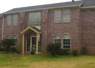 Foreclosed Home in Alvin 77511 HUNTERS BND - Property ID: 4390557200
