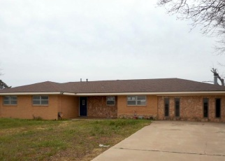 Foreclosed Home in Big Spring 79720 S SERVICE RD - Property ID: 4390563338