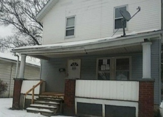Foreclosed Home in Akron 44320 PEERLESS AVE - Property ID: 4390627732