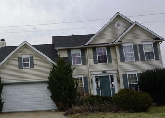 Foreclosed Home in Northfield 44067 GIRDLER CIR - Property ID: 4390629471