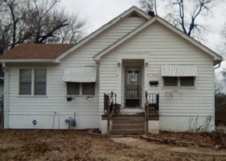 Foreclosed Home in East Saint Louis 62204 N 39TH ST - Property ID: 4390707879