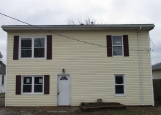 Foreclosed Home in Dupo 62239 LIME ST - Property ID: 4390708754