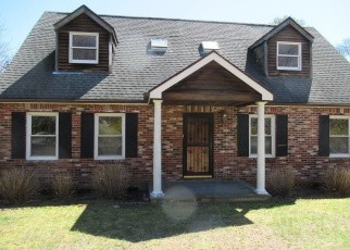Foreclosed Home in Westerly 02891 SHERWOOD DR - Property ID: 4390720572