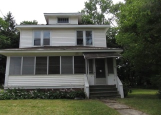 Foreclosed Home in Nedrow 13120 WENDELL AVE - Property ID: 4390830504