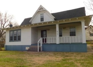 Foreclosed Home in Purcell 73080 N 2ND AVE - Property ID: 4390856342