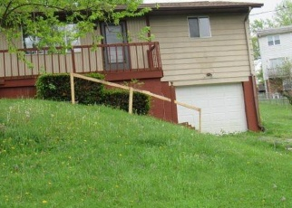 Foreclosed Home in Steubenville 43953 CRAWFORD AVE - Property ID: 4390872998