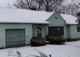 Foreclosed Home in North Olmsted 44070 COLUMBIA RD - Property ID: 4390874744