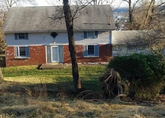 Foreclosed Home in Belpre 45714 VALLEY VIEW DR - Property ID: 4390881754