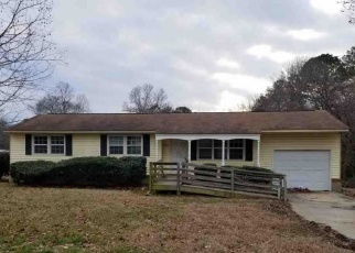 Foreclosed Home in Raleigh 27610 PROCTOR RD - Property ID: 4390946121