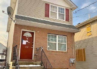 Foreclosed Home in Staten Island 10310 ALASKA ST - Property ID: 4390974602
