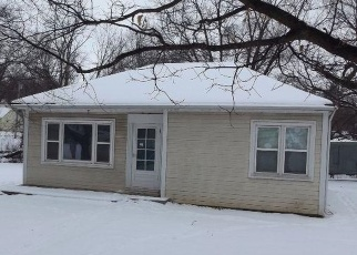 Foreclosed Home in Platte City 64079 4TH ST - Property ID: 4391077525