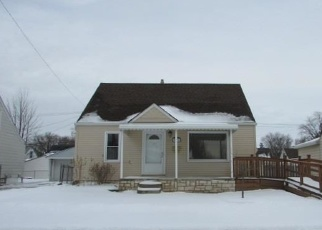 Foreclosed Home in Saint Clair Shores 48080 BLACKBURN ST - Property ID: 4391196206