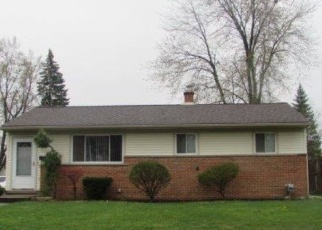 Foreclosed Home in Sterling Heights 48313 WAITELEY DR - Property ID: 4391210668
