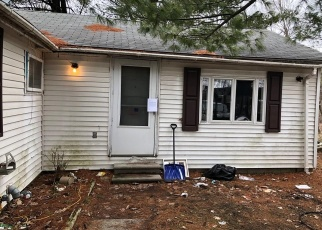 Foreclosed Home in Smiths Creek 48074 RAVENSWOOD RD - Property ID: 4391219422