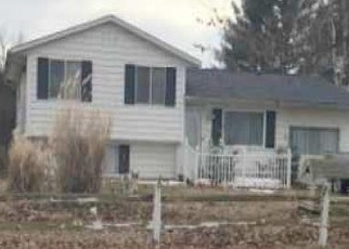 Foreclosed Home in Dowagiac 49047 PEAVINE ST - Property ID: 4391242190