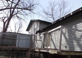 Foreclosed Home in Baxter Springs 66713 GARFIELD AVE - Property ID: 4391414323