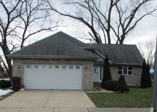 Foreclosed Home in Chicago Heights 60411 W 15TH ST - Property ID: 4391510684