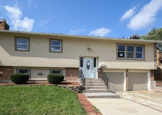 Foreclosed Home in Oak Forest 60452 VENTURA ST - Property ID: 4391514623