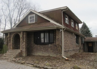 Foreclosed Home in Palos Hills 60465 W 101ST ST - Property ID: 4391526892