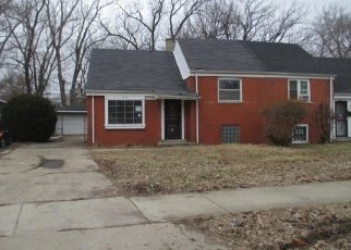 Foreclosed Home in Chicago 60617 S MERRION AVE - Property ID: 4391529507