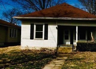 Foreclosed Home in Murphysboro 62966 LOGAN ST - Property ID: 4391547468
