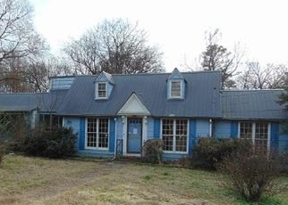Foreclosed Home in Summerville 30747 BROAD ST - Property ID: 4391601335