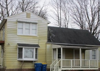 Foreclosed Home in Suitland 20746 RANDOLPH RD - Property ID: 4391830845