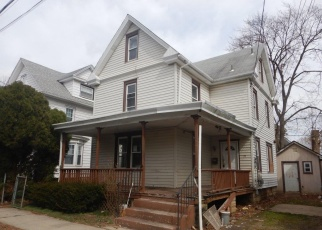 Foreclosed Home in Woodbury 08096 HOPKINS ST - Property ID: 4391923246