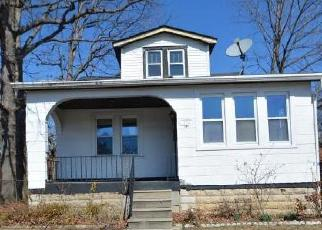 Foreclosed Home in Baltimore 21215 OAKLEY AVE - Property ID: 4391938579