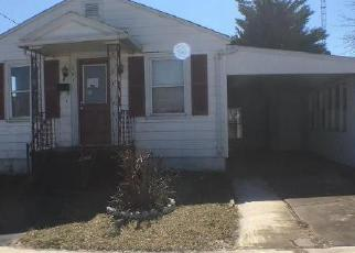 Foreclosed Home in Martinsburg 25401 BOWERS ST - Property ID: 4391976687