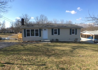 Foreclosed Home in Martinsburg 25404 BLAIR ST - Property ID: 4392008207