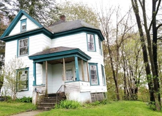 Foreclosed Home in Gloversville 12078 WOODSIDE AVE - Property ID: 4392078737