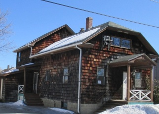 Foreclosed Home in Lewiston 04240 STEWART ST - Property ID: 4392081352