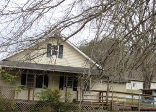 Foreclosed Home in Dungannon 24245 SINKING CREEK HWY - Property ID: 4392116846