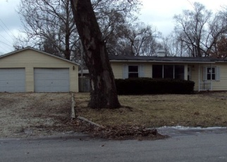 Foreclosed Home in Champaign 61821 LAWNDALE DR - Property ID: 4392221514