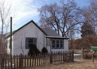 Foreclosed Home in Lansing 66043 N 2ND ST - Property ID: 4392239916
