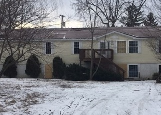 Foreclosed Home in Monroe 48161 PATTERSON DR - Property ID: 4392257867