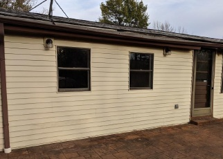 Foreclosed Home in Florissant 63033 HORSESHOE DR - Property ID: 4392268371