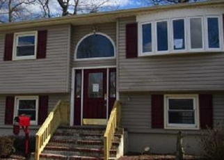 Foreclosed Home in Keyport 07735 RARITAN BLVD - Property ID: 4392294655