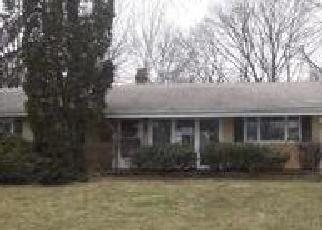 Foreclosed Home in Hoffman Estates 60169 WESTVIEW ST - Property ID: 4392470269