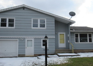 Foreclosed Home in Rochester 14624 JACKLYN DR - Property ID: 4392586335